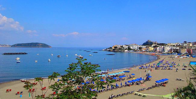 Spiaggia lido ischia porto ischiaprenota blog - Bagno teresa ischia ...